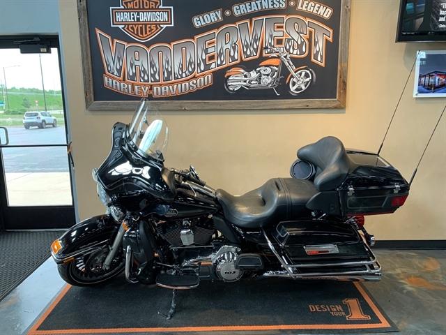2013 Harley-Davidson Electra Glide Ultra Classic at Vandervest Harley-Davidson, Green Bay, WI 54303