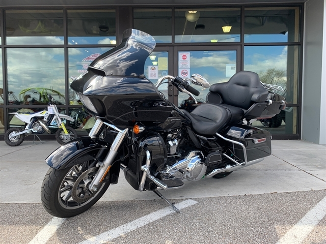 2017 Harley-Davidson Road Glide Ultra at Mungenast Motorsports, St. Louis, MO 63123