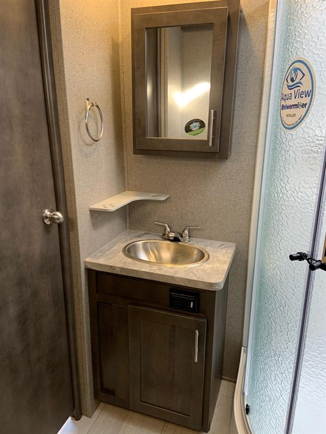 2020 Forest River Rockwood Signature Ultra Lite 8332SB at Campers RV Center, Shreveport, LA 71129