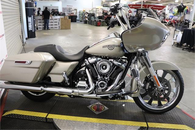 2018 Harley-Davidson Road Glide Base at Used Bikes Direct