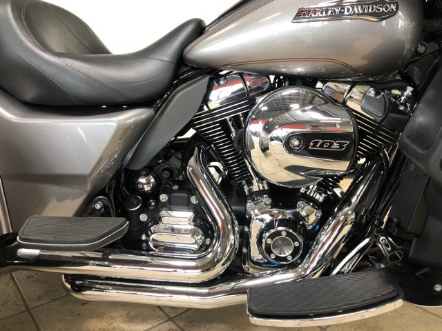 2016 Harley-Davidson Trike Tri Glide Ultra at Destination Harley-Davidson®, Tacoma, WA 98424
