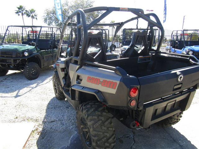2017 Can-Am Commander 1000 XT-P at Seminole PowerSports North, Eustis, FL 32726