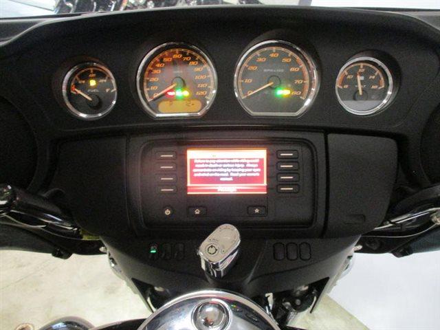 2017 HD FLHTCU at Suburban Motors Harley-Davidson