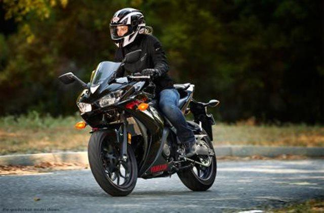 2015 Yamaha YZF R3 at Pete's Cycle Co., Severna Park, MD 21146