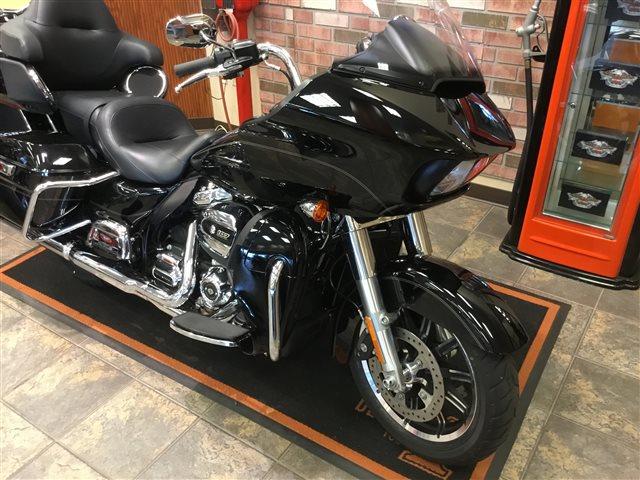 2017 Harley-Davidson Road Glide Ultra at Bud's Harley-Davidson