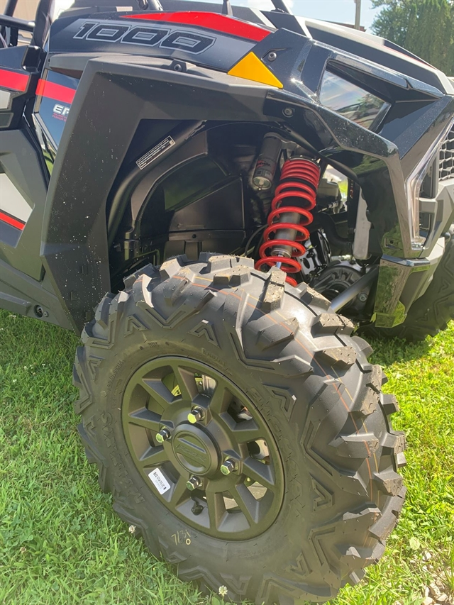 2019 Polaris RZR XP 1000 Ride Command Edition at Fort Fremont Marine Redesign