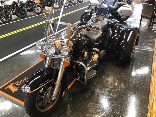 2006 Harley-Davidson Road King Classic at Holeshot Harley-Davidson