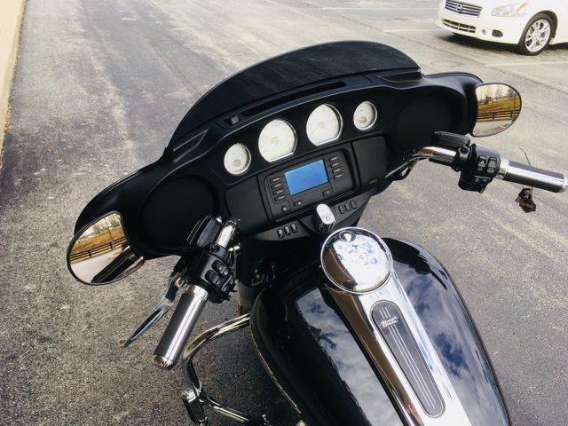 2018 Harley-Davidson Street Glide Base at Bluegrass Harley Davidson, Louisville, KY 40299