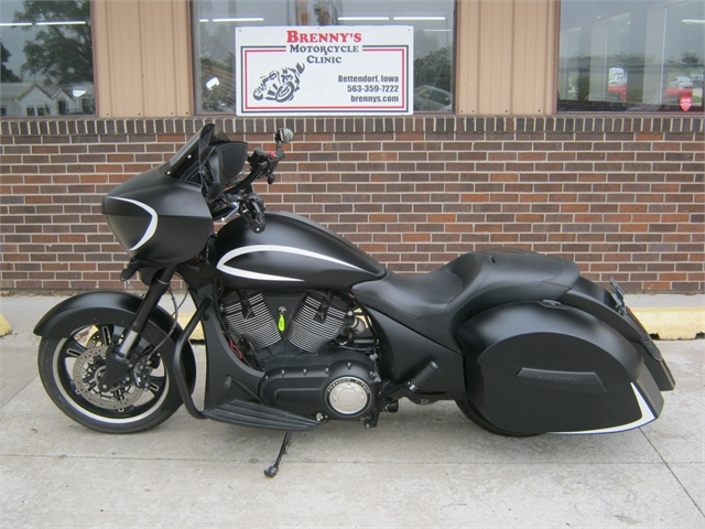 2016 Victory Motorcycles Cross Country at Brenny's Motorcycle Clinic, Bettendorf, IA 52722