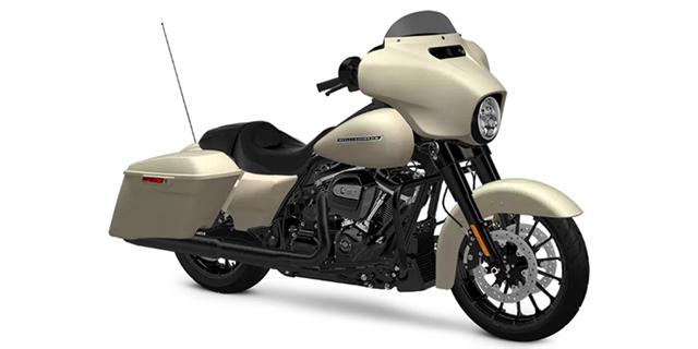 2018 Harley-Davidson Street Glide Special at Zips 45th Parallel Harley-Davidson