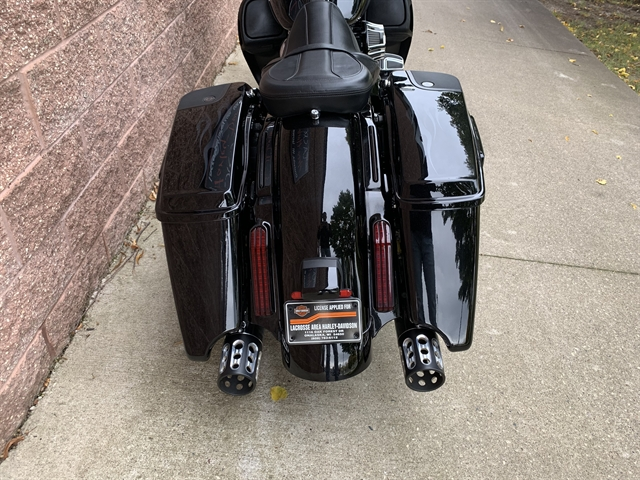 2016 Harley-Davidson Street Glide CVO Street Glide at La Crosse Area Harley-Davidson, Onalaska, WI 54650