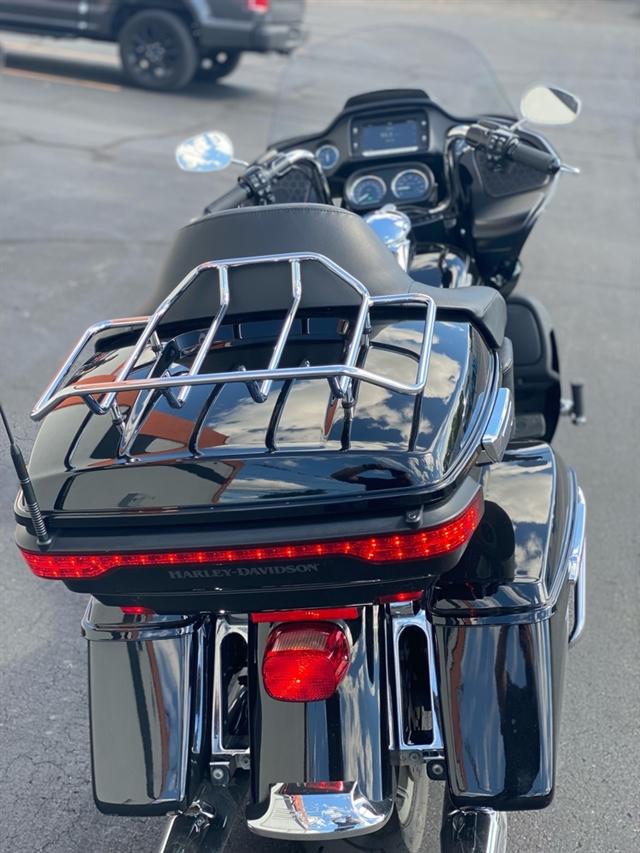 2017 Harley-Davidson Road Glide Ultra at Thunder Harley-Davidson