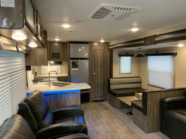 2020 Palomino Puma 32RKTS Rear Kitchen at Campers RV Center, Shreveport, LA 71129