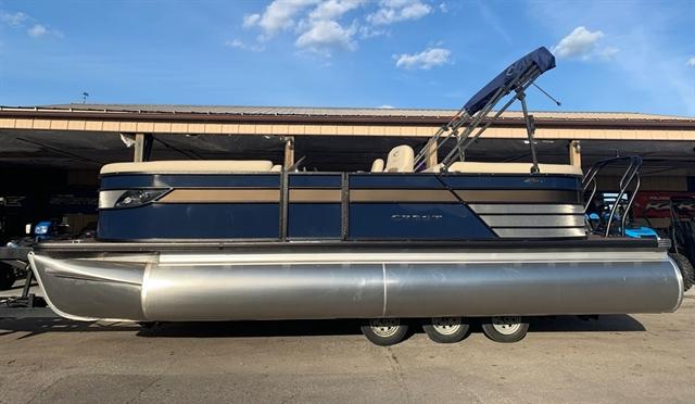 2020 Crest Classic Platunum 220 SLC - triple toon at Fort Fremont Marine