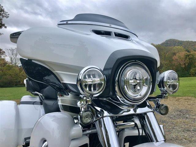 2020 Harley-Davidson CVO Tri Glide at Harley-Davidson of Asheville