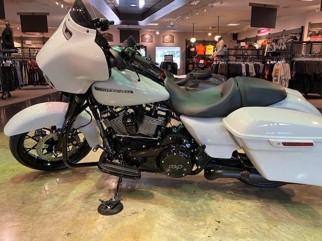 2020 HARLEY-DAVIDSON FLHXS Street Glide Special at Carlton Harley-Davidson®