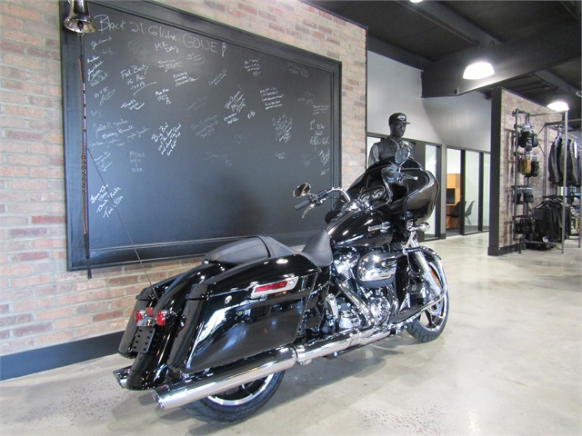 2021 Harley-Davidson Grand American Touring Road Glide at Cox's Double Eagle Harley-Davidson