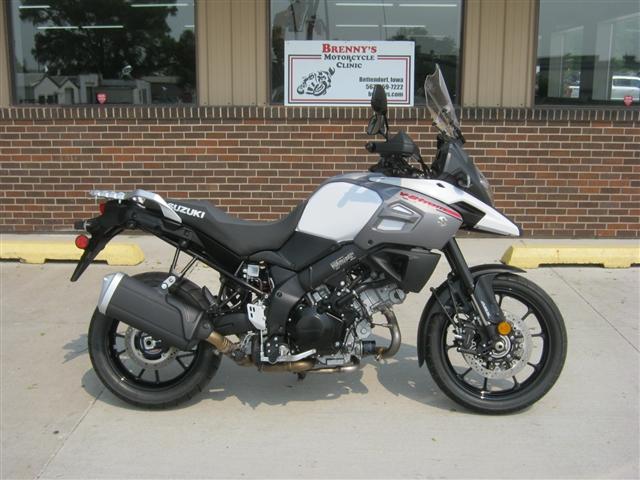 2018 Suzuki 1000 V-Strom DL1000 at Brenny's Motorcycle Clinic, Bettendorf, IA 52722