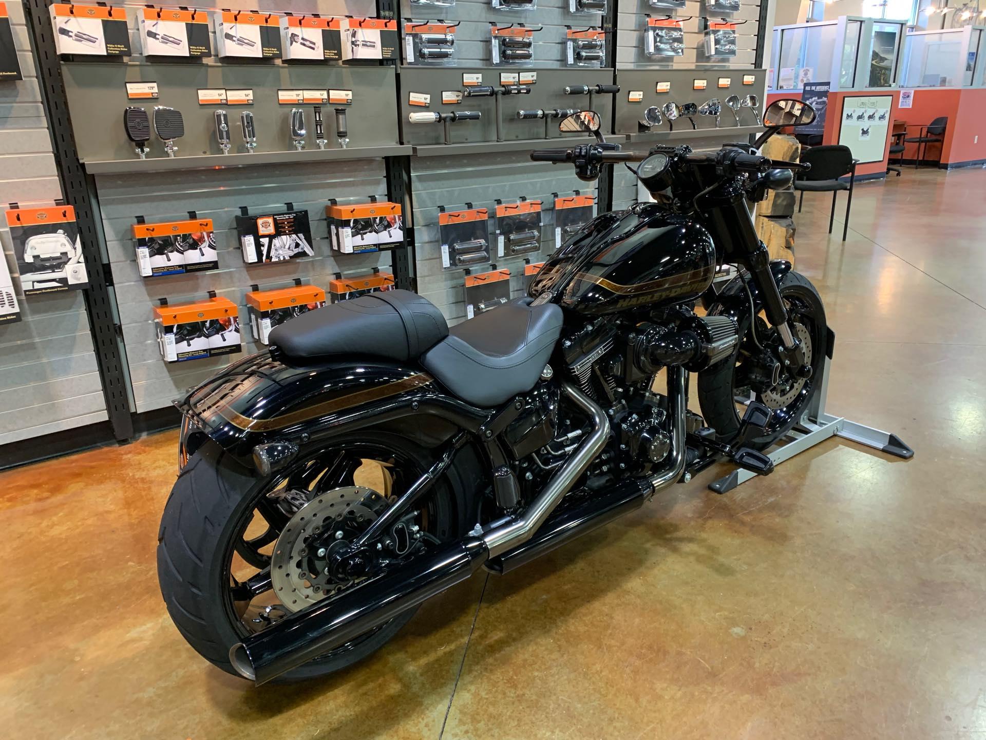 2017 Harley-Davidson Softail CVO Pro Street Breakout at Colonial Harley-Davidson