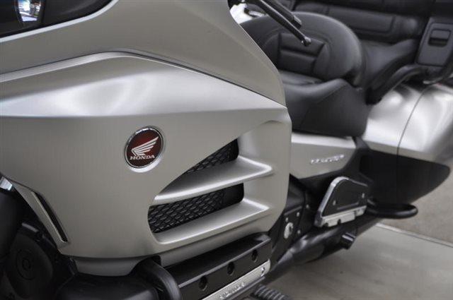 2016 Honda Gold Wing Audio Comfort Navi XM at Seminole PowerSports North, Eustis, FL 32726