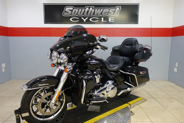 2018 Harley-Davidson Electra Glide Ultra Classic at Southwest Cycle, Cape Coral, FL 33909