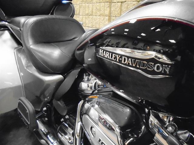 2017 Harley-Davidson Trike Tri Glide Ultra at Waukon Harley-Davidson, Waukon, IA 52172