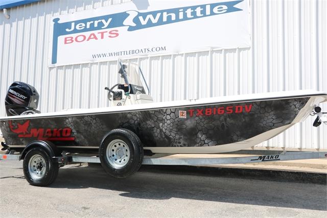 2017 Mako Pro Skiff 17 at Jerry Whittle Boats