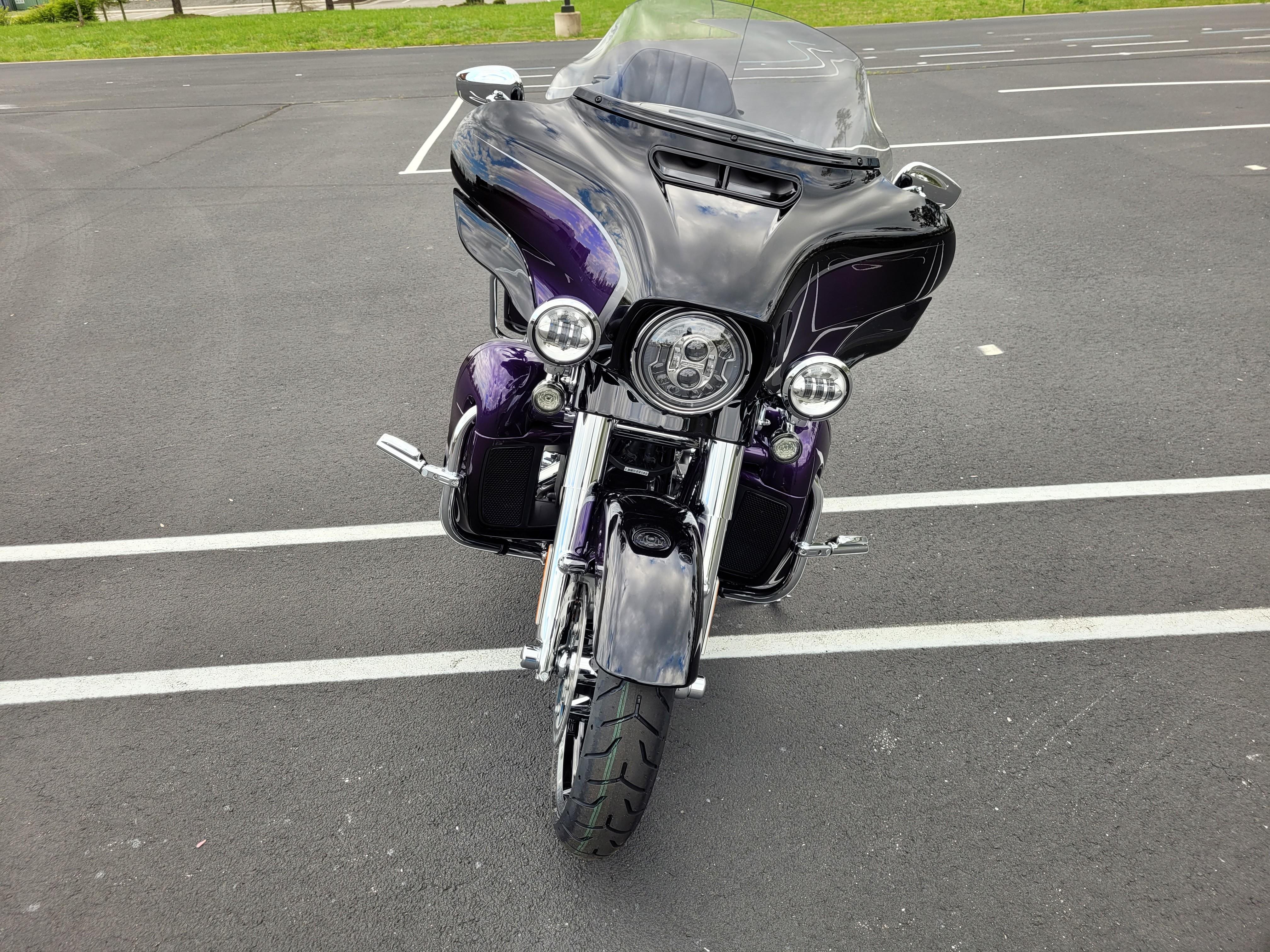 2021 Harley-Davidson Touring FLHTKSE CVO Limited at Richmond Harley-Davidson