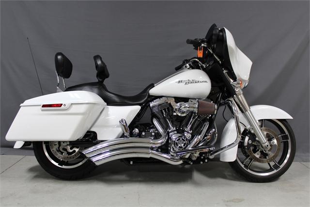2016 Harley-Davidson Street Glide Base at Platte River Harley-Davidson