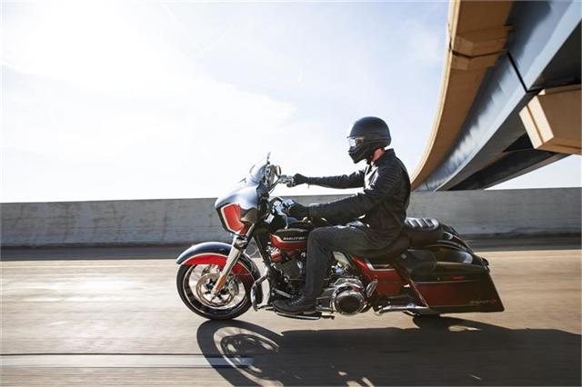 2021 Harley-Davidson Touring CVO Street Glide at Gruene Harley-Davidson
