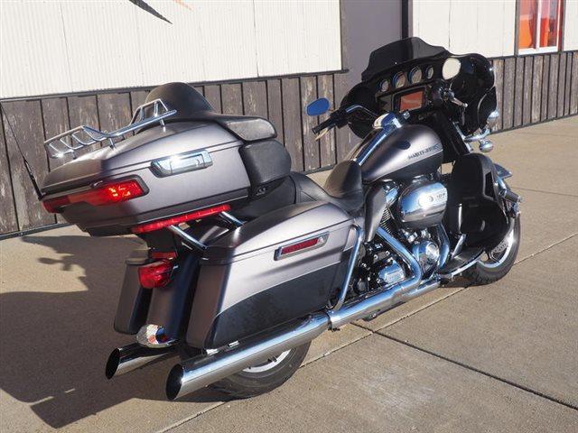 2017 Harley-Davidson Electra Glide Ultra Limited Low at Loess Hills Harley-Davidson