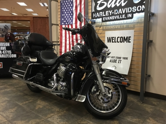 2011 Harley-Davidson Electra Glide Ultra Classic at Bud's Harley-Davidson