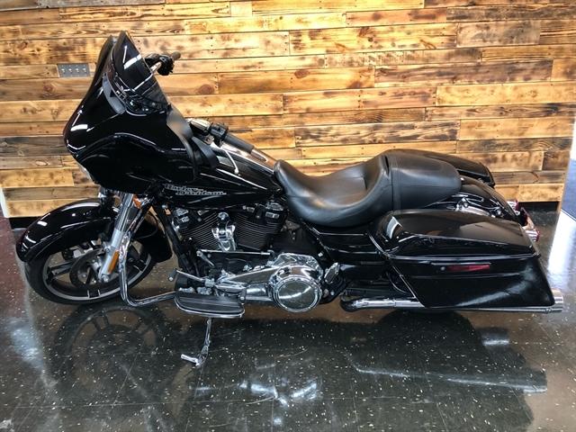 2017 Harley-Davidson Street Glide Base at Holeshot Harley-Davidson