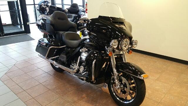 2019 Harley-Davidson Electra Glide Ultra Limited at Harley-Davidson® Shop of Winona, Winona, MN 55987