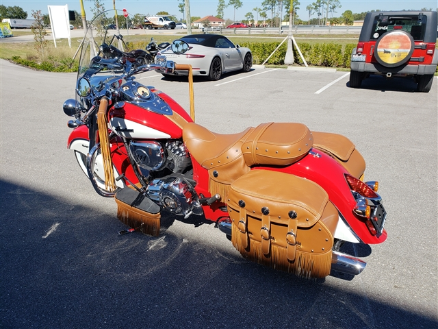 2019 Indian Chief Vintage ICON Patriot Red / Pearl White at Fort Myers