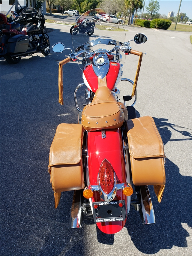 2019 Indian Chief Vintage ICON Patriot Red / Pearl White at Stu's Motorcycles, Fort Myers, FL 33912