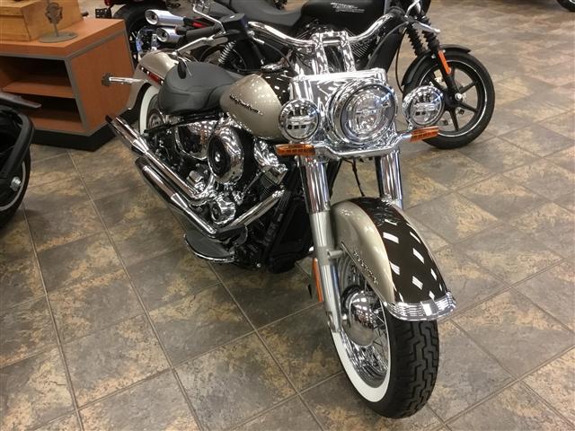 2018 Harley-Davidson FLDE Deluxe at Bud's Harley-Davidson, Evansville, IN 47715