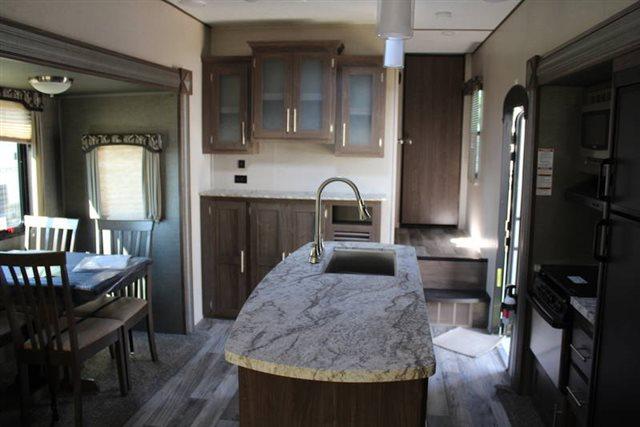 2019 Keystone RV Hideout 299RLDS Rear Living at Campers RV Center, Shreveport, LA 71129