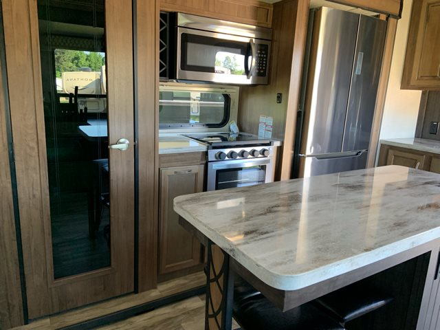 2020 Coachmen Chaparral 381RD 381RD at Campers RV Center, Shreveport, LA 71129