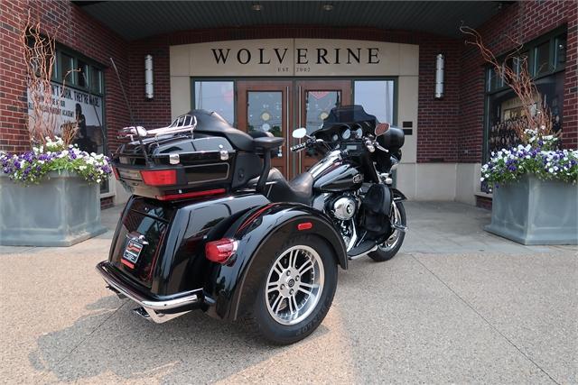 2009 Harley-Davidson Tri Glide Ultra Classic at Wolverine Harley-Davidson