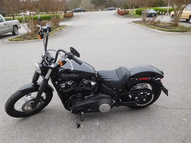 2019 Harley-Davidson Softail Street Bob at Bumpus H-D of Murfreesboro