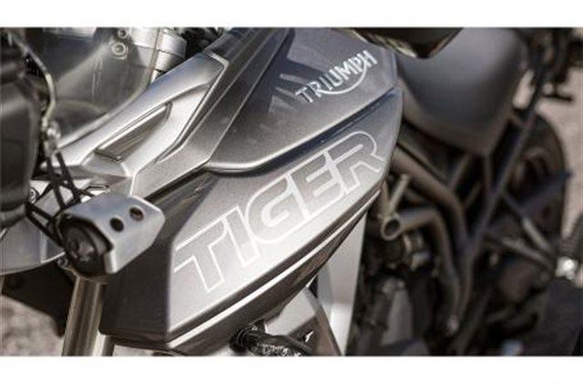 2019 Triumph Tiger 800 XRT at Frontline Eurosports