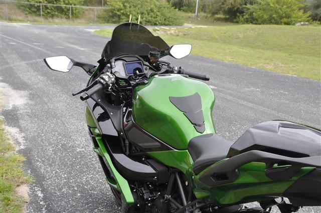 2018 Kawasaki Ninja H2 SX SE at Seminole PowerSports North, Eustis, FL 32726