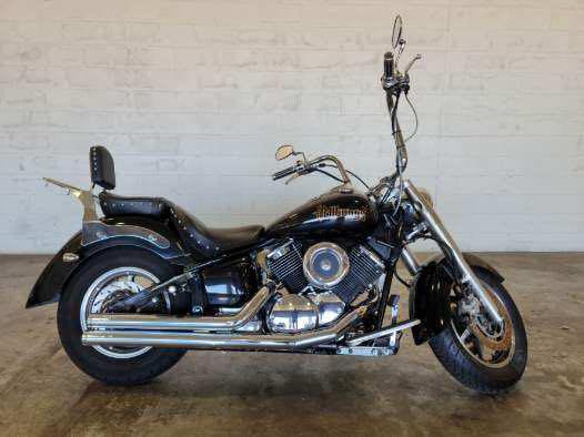 2004 Yamaha V Star 1100 Custom at Twisted Cycles