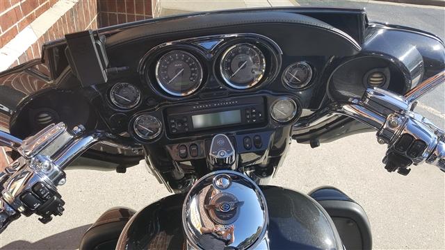2013 Harley-Davidson Electra Glide CVO Ultra Classic 110th Anniversary Edition at Harley-Davidson® of Atlanta, Lithia Springs, GA 30122
