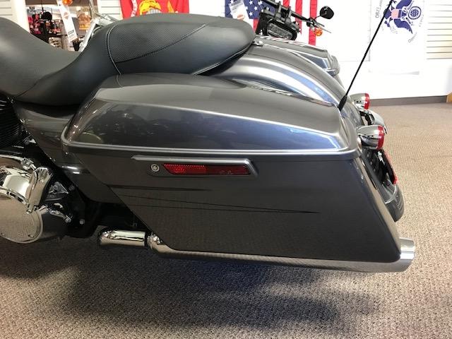 2014 HARLEY-DAVIDSON FLHXS at Carlton Harley-Davidson®