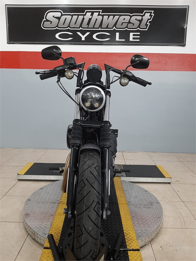 2016 Harley-Davidson Sportster Iron 883 at Southwest Cycle, Cape Coral, FL 33909