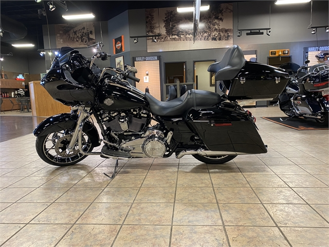 2021 Harley-Davidson Grand American Touring Road Glide Special at Bumpus H-D of Jackson