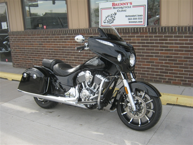 2017 Indian Motorcycle Chieftain® Limited at Brenny's Motorcycle Clinic, Bettendorf, IA 52722