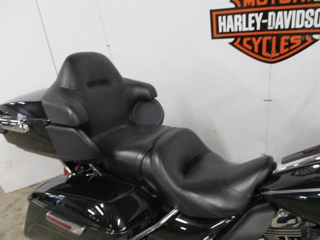 2015 Harley-Davidson Electra Glide Ultra Classic at Suburban Motors Harley-Davidson